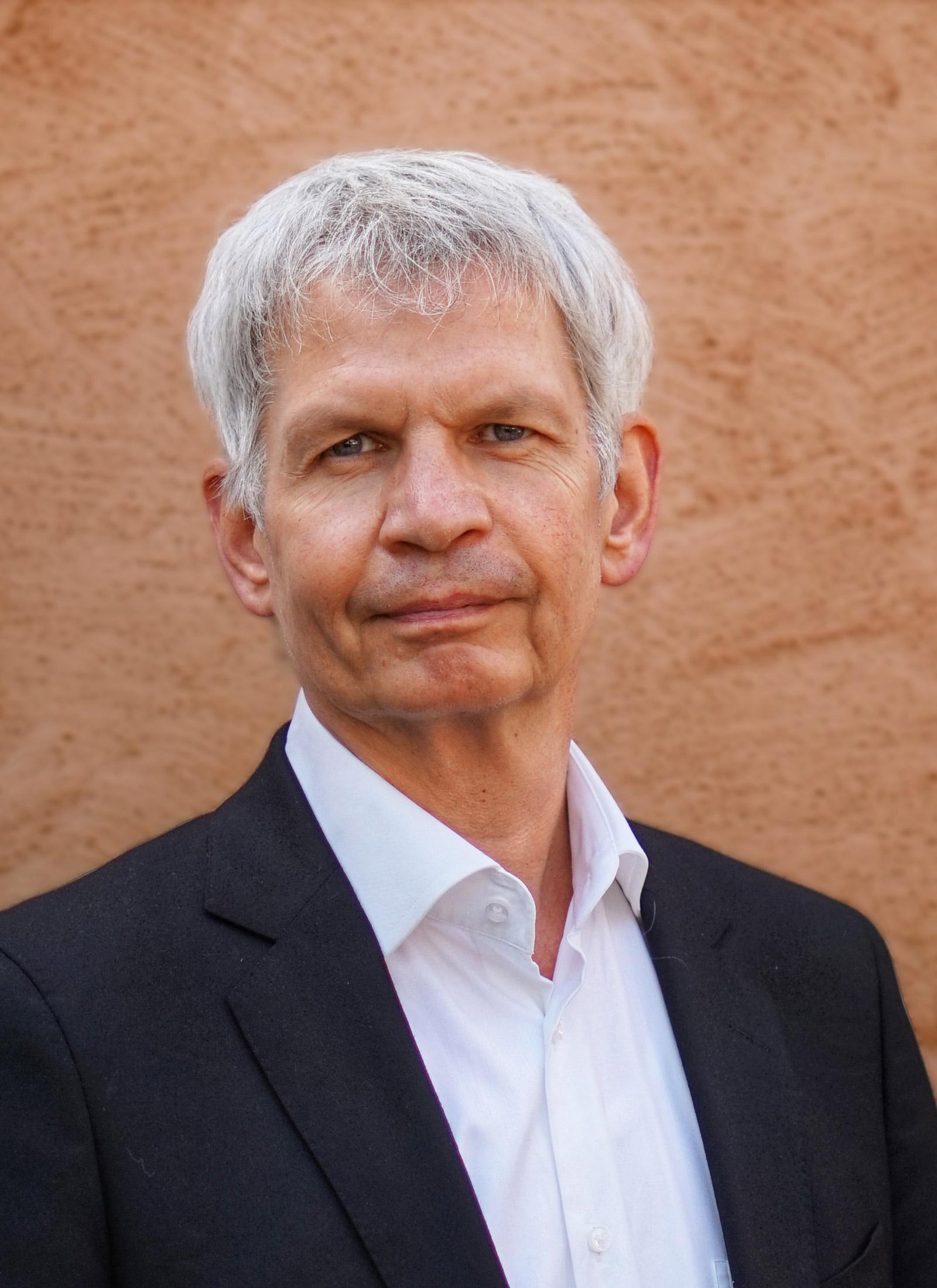 Dipl.-Ing. (FH) Arch. Ulrich Röhlen